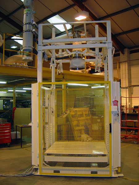 PHOTO BBF Hang Weigher LR